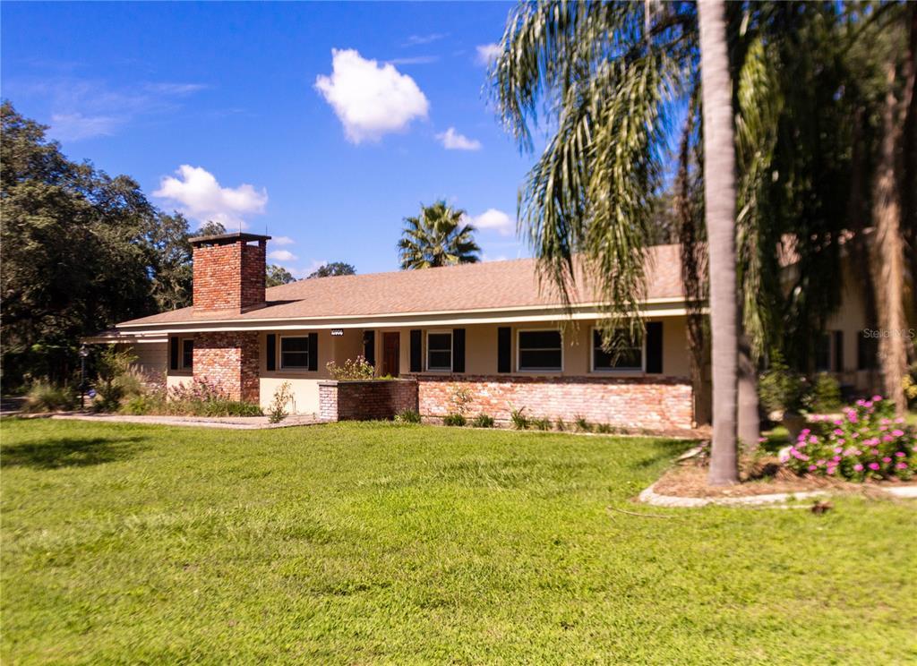 10906 Ridgedale Road, Temple Terrace, FL 33617