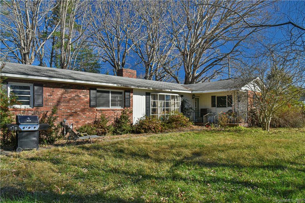 221 Weston Road, Arden, NC 28704