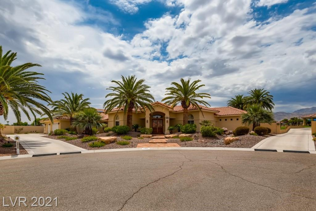 Welcome home to this fully remodeled custom home that sits on a nearly 80,000 sq ft lot. This stunning home has it all! Featuring travertine floors, carpet, wood floors, and carpet throughout. The kitchen features double ovens, a subzero fridge, and Della Terra quartz countertops. All of the bathrooms have been redone with gorgeous marble countertops and tumbled travertine throughout the home. Step outside to your own personal oasis with a fyully landscaped backyard, a solar heated pool and your own garage workshop with an absolutely stunning apartment attached that boasts a classic yet modern farm house look. This home truly has it all and then some!