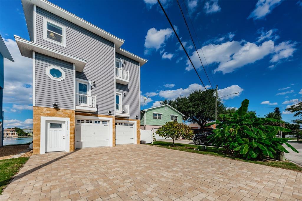 13211 Boca Ciega Avenue, Madeira Beach, FL 33708