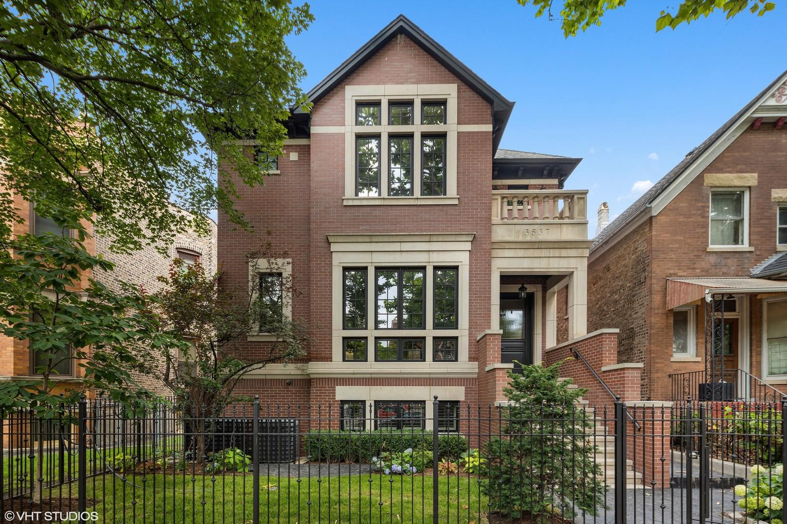 3537 N Greenview Avenue, Chicago, IL 60657