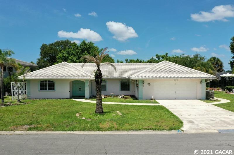 105 Corot Drive, Sarasota, FL 34275