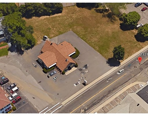 OPPORTUNITY KNOCKS ! PRIME LOCATION - Investment property with established business on 0.94 Acre prime location for an entity that would utilize the nearby exposure of this well known & heavily traveled road with a 32 vehicle parking lot. 2,280 SF building located in an OPPORTUNITY ZONE. All buyers and their agents must complete a non disclosure agreement for more information.