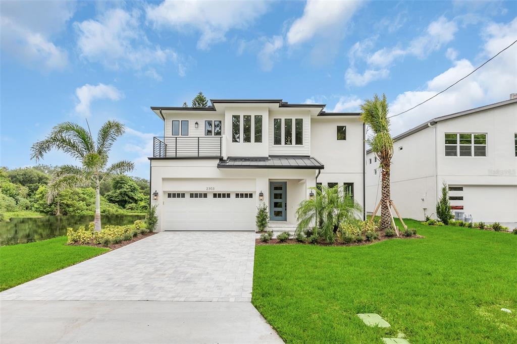 2303 S Shine Avenue, Orlando, FL 32806