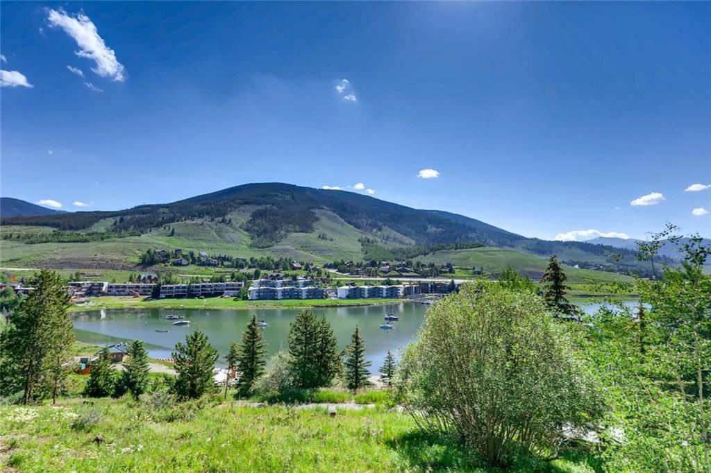 Gorgeous view of Lake Dillon