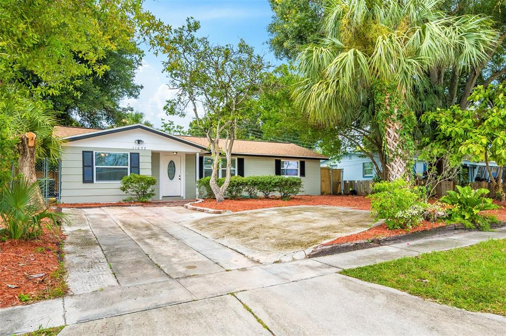 11632 Easy Street, Largo, FL 33773
