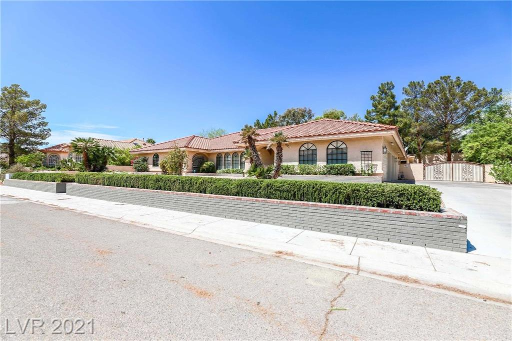 WHOA! A UNICORN LISTING SUPER RARE FIND NEEDLE IN THE HAY STACK ONE STORY, POOL, 4 CAR GARAGE AND RV PARKING!   REMODELED IN 2019 JUST LIKE NEW! CANT TOUCH THIS UNDER A MILLION! A CALIFORNIA EXODUS FAVORITE! Beautiful entry way leads you into $200,000 of modern luxurious upgrades. High vaulted ceilings and a wonderful open floor plan layout. Gourmet  kitchen with custom granite and upgraded cabinets. Every space is well-thought-out. The entertainment room is ready for your Netflix surround sound and sports. Take a stroll out back to your own Oasis in the desert on a huge premium lot, nearly half an acre with your covered patio  sparkling huge pool and your own cabana. The master bedroom can be your own private Penthouse with upgraded spa inspired master  bathroom. Oversized bedrooms En- Suite baths and a fabulous den library,casita. THIS IS A CALIFORNIA EXODUS FAVORITE DONT DELAY CLICK TODAY! BEST IN CLASS