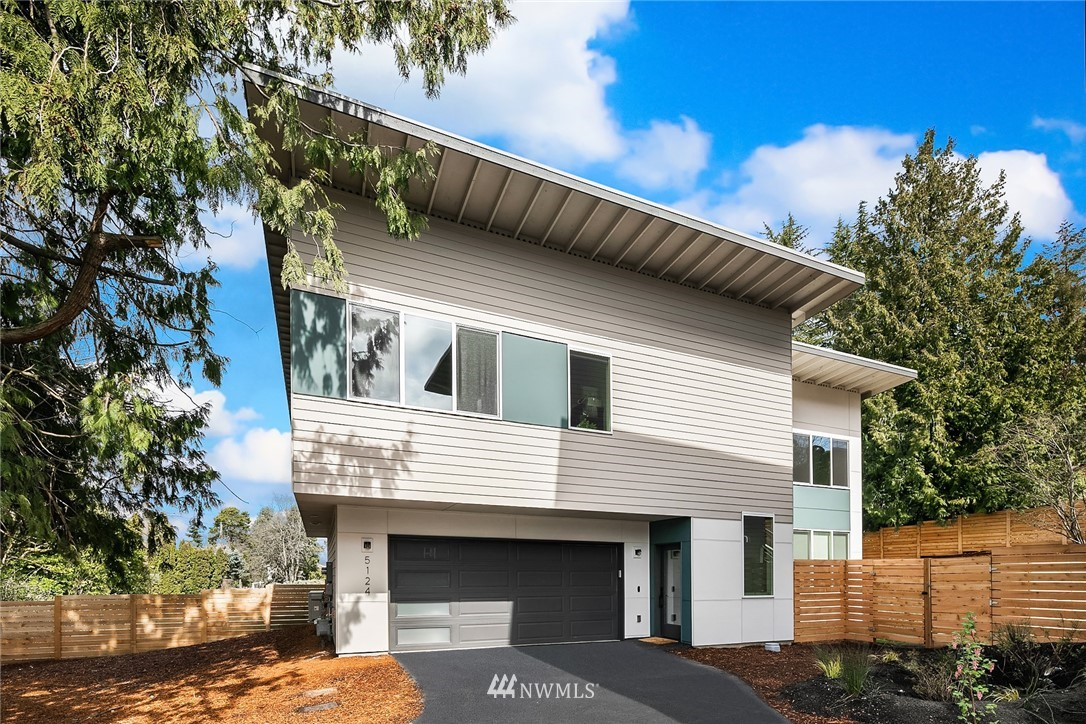 Jabooda Homes proudly presents 7 contemporary homes in South Seattle. Spacious ADU is on the MAIN LEVEL (lot A, C, D, E, F). Lots of windows, chef's kitchen w/ quarts countertops+large island. Master suite w/ a spa-inspired bath, modern tiles, quartz vanity, double sinks & WIC, 2 car garage! A few mins to I-5 & bus line. NO HOA, 1-yr builder warranty. DO NOT enter the site without an appointment. Pictures are from the model home (Lot A). Rainier View Elementary rating 8/10. TPO Roofing.