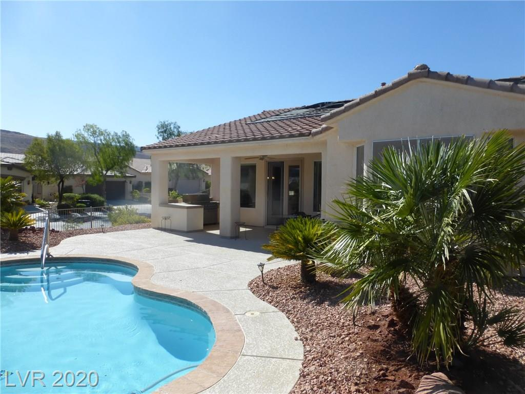 Beautiful Private Pool with Large Covered Patio. Built in BBQ & Wine Refrig. Just Check Out That Mountain View!@!@!