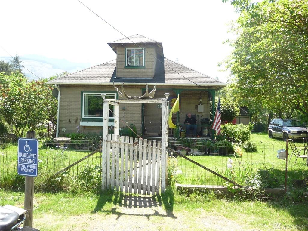 310 Lewis Ave, Gold Bar, WA 98251