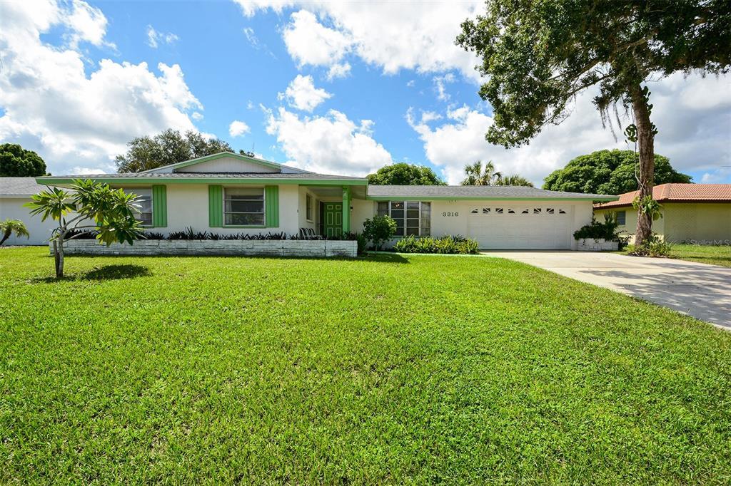3316 Espanola Drive, Sarasota, FL 34239