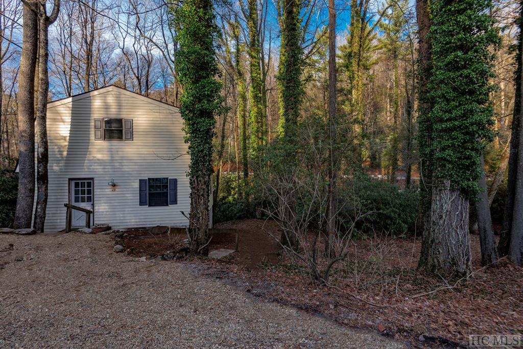 49 Pinecrest Road, Highlands, NC 28741