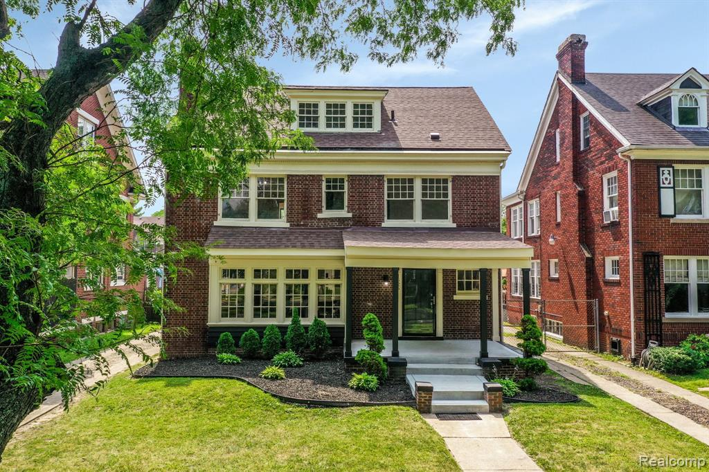 Enjoy life on the Boulevard .. That is Boston Blvd in Boston Edison Historic District.. This beautiful tree-lined street is home to some of Detroit's amazing historical homes. 1625 Boston has been renovated and re-imagined as a historic home with 21st century layout, flow and conveniences. This home has been re-designed & features 4 bedrooms, 3 full baths & 1 half bath.  The open concept kitchen flows nicely into the family room.  This amazing home is perfect for many lifestyles. The spacious living room, dining room & sitting room is indicative of gracious historic homes built in the 1920's.  Head upstairs to the 2nd & 3rd floors you will find the bedrooms, full baths & laundry. The spacious master bedroom ensuite has full bathroom & walk-in closet. This home features Hardwood & ceramic tile floors.The exterior enhancements include new roof, some new concrete, new garage doors & updated landscaping. There are only a finite# of homes on Boston Blvd, don't miss this opportunity!