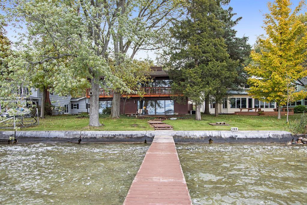 972 E Gull Lake Drive, Ross Twp, MI 49012