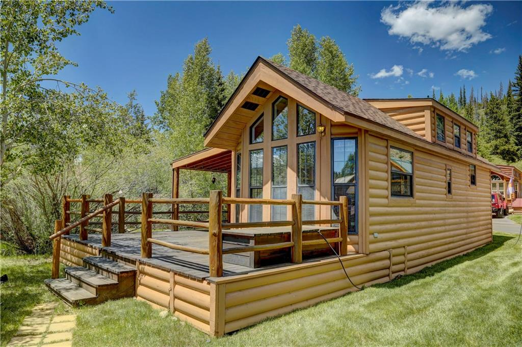 Creekside Cabin located across from a hiking and biking path that leads to the Colorado Trail. One bedroom one bath with loft cabin that is in great shape! Covered porch, open deck, storage shed. Being sold fully furnished.