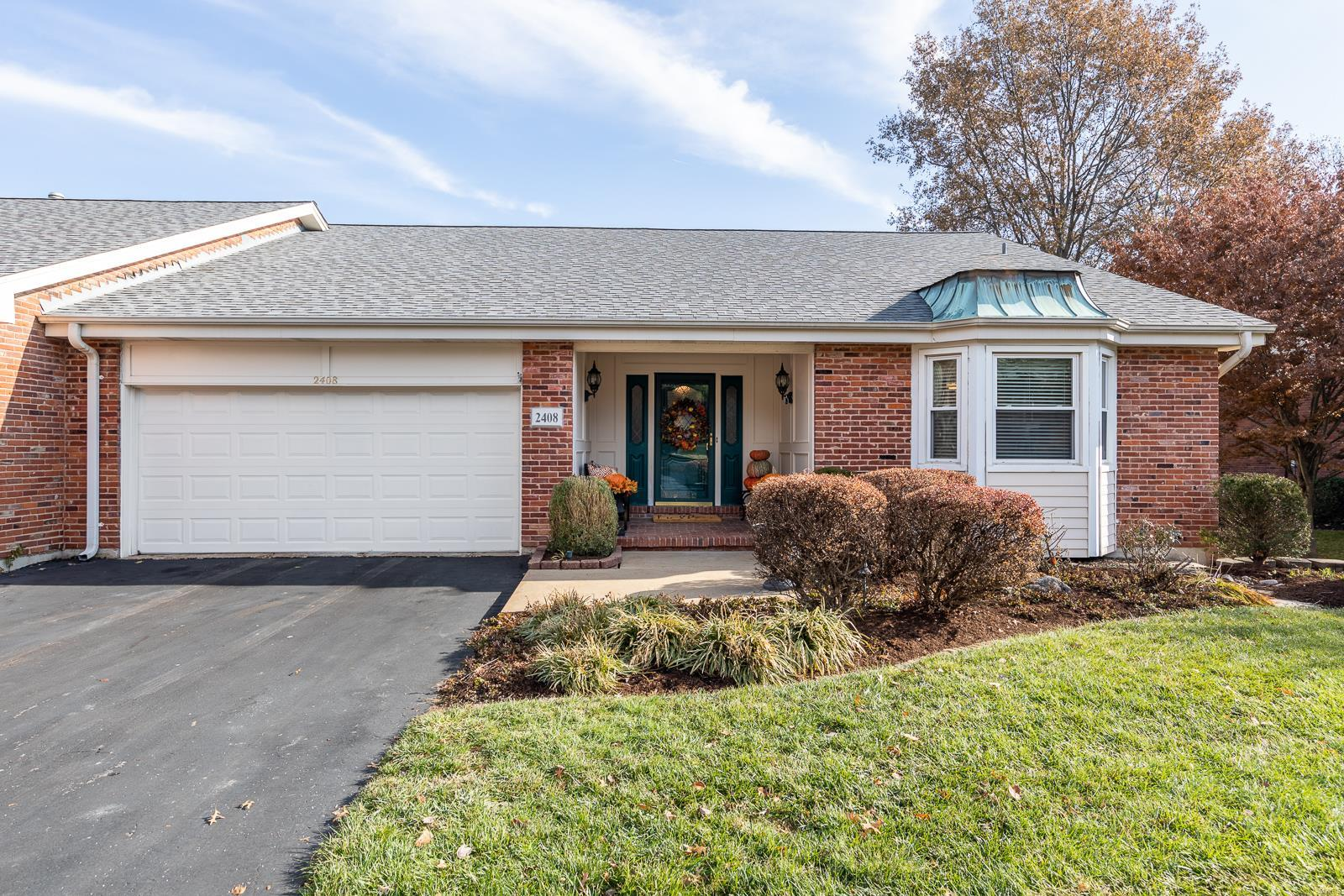 2408 Baxton Way, Chesterfield, MO 63017