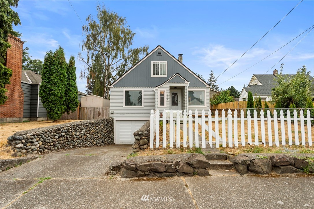 Stop the car for this one!! Downtown Auburn craftsman, radiating with pride of ownership on a spacious sunny lot just minutes away from the Sounder Train! Light & bright main floor featuring hard surface flooring, living rm w/coat nook, galley style kitchen with dining area plus doors out to the patio & fully fenced yard! 2 bedrooms on the main + full bathroom. Up you'll find a loft style family room w/cubbies & storage at every turn. Additional bedroom + 3/4 bath. Basement features high ceilings, laundry area, storage and endless possibilities. Usable garage, off street parking and the perfect yard to garden, relax or play! Seller procured home inspection available! Don't wait!