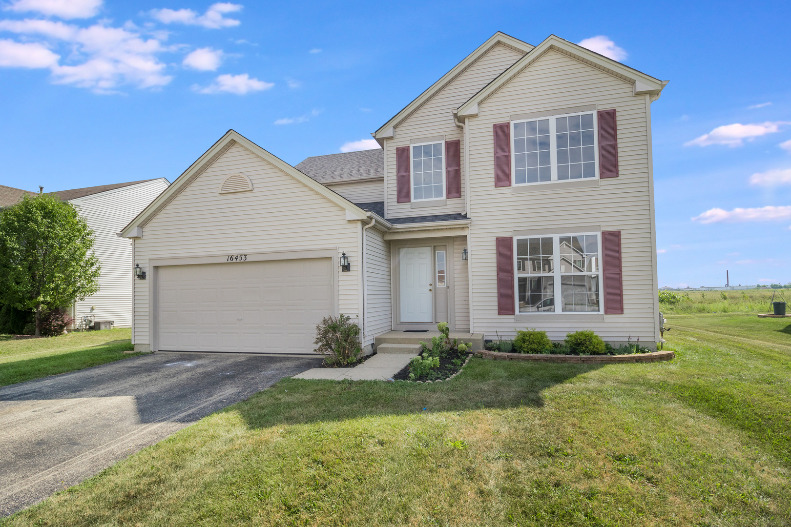 """UNBELIEVABLE OPPORTUNITY IN THE FIELDS OF LONGMEADOW. YARD BACKS UP TO PRAIRIE BLUFF PRESERVE! OVER 2,300SF 3 BEDROOM, 2 FULL BATHS AND 2 HALF BATHS THAT'S READY FOR NEW OWNERS. REDESIGNED KITCHEN IN 2019 W/2-TONED SHAKER CABINETS. WHITE  42"""" UPPER CABINETS/GRAY LOWERS INCLUDING PULL-OUT DRAWERS. WHITE SUBWAY TILE/STAINLESS STEEL APPLIANCES/GRANITE COUNTERTOPS & WALK-IN PANTRY. NEWER ARCHITECTURAL FLOORING ON MAIN LEVEL. ALL BEDROOMS ARE LOCATED ON THE 2ND FLOOR ALONG WITH LOFT OVERLOOKING THE 2-STORY LIVING ROOM. 17X14 MASTER BEDROOM OFFERS EASTERN EXPOSURES ALONG WITH WALK-IN CUSTOM CLOSET & PRIVATE BATH WITH DUAL VANITIES AND SEPARATE SOAKER TUB/STAND-UP SHOWER. FULL, FINISHED BASEMENT OFFERS EXTRA ENTERTAINING SPACE AND A 1/2 BATH. PRIVATE YARD FOR PARTIES INCLUDES STAMPED CONCRETE. ROOF AND AC ARE NEWER. HURRY NOW, BEFORE THIS ONE IS GONE."""