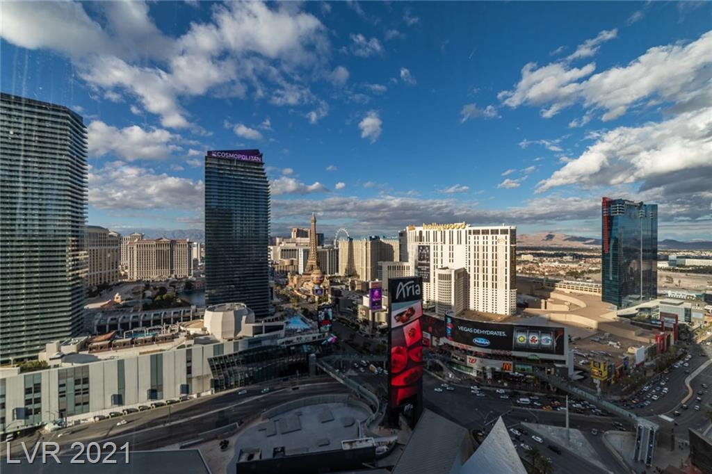 ** BEST VIEWS OF THE LAS VEGAS STRIP & BELLAGIO FOUNTAINS from this 27th Flr LUXURY VEER TOWERS HIGH RISE! ** ABSOLUTELY GORGEOUS & largest 1 bedroom floorpan w/ windows from living room & bedroom! Stainless steel upgraded appliances, window coverings, oversized Master w/ private bathroom w/ shower & TUB. Residence is in PRISTINE condition w/ THE BEST VIEWS The Tower has to offer! PRIME LOCATION IN CITY CENTER - WALK OUTSIDE & BE ON THE STRIP!