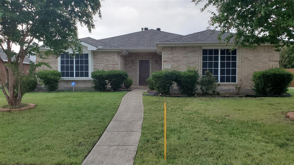 This 3 bedroom, 2 bath, one story home in The Ranch is waiting for you. Open Kitchen-Living room with wood burning fireplace. Spacious sized split bedroom floor plan. Side entry garage and large backyard perfect for entertaining.  Wylie schools, access to the Community pool, playground, Trails, and Sports Court