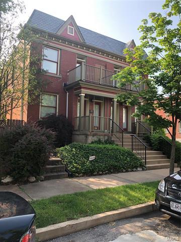 2354 S Compton Avenue, St Louis, MO 63104