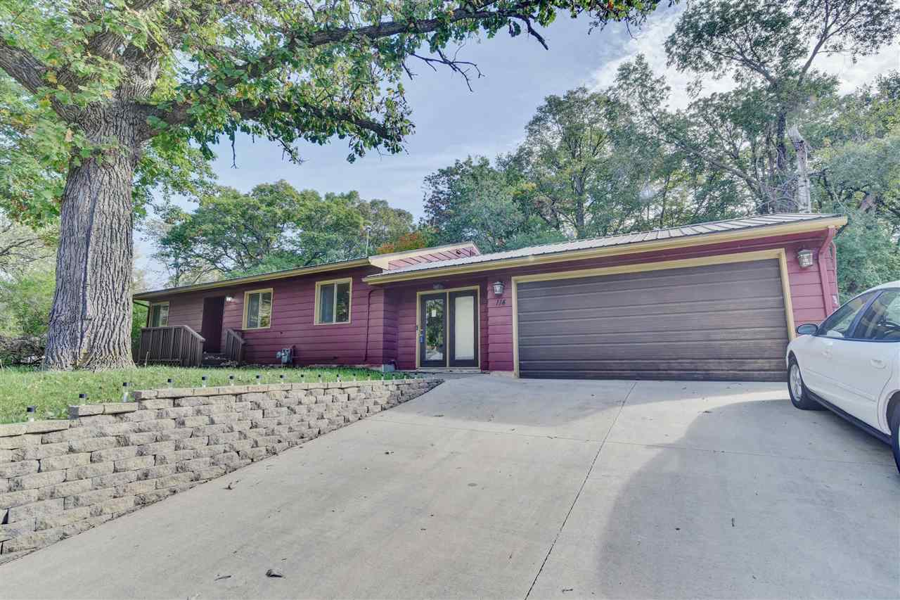 114 Westwood Drive, Estherville, IA 51334