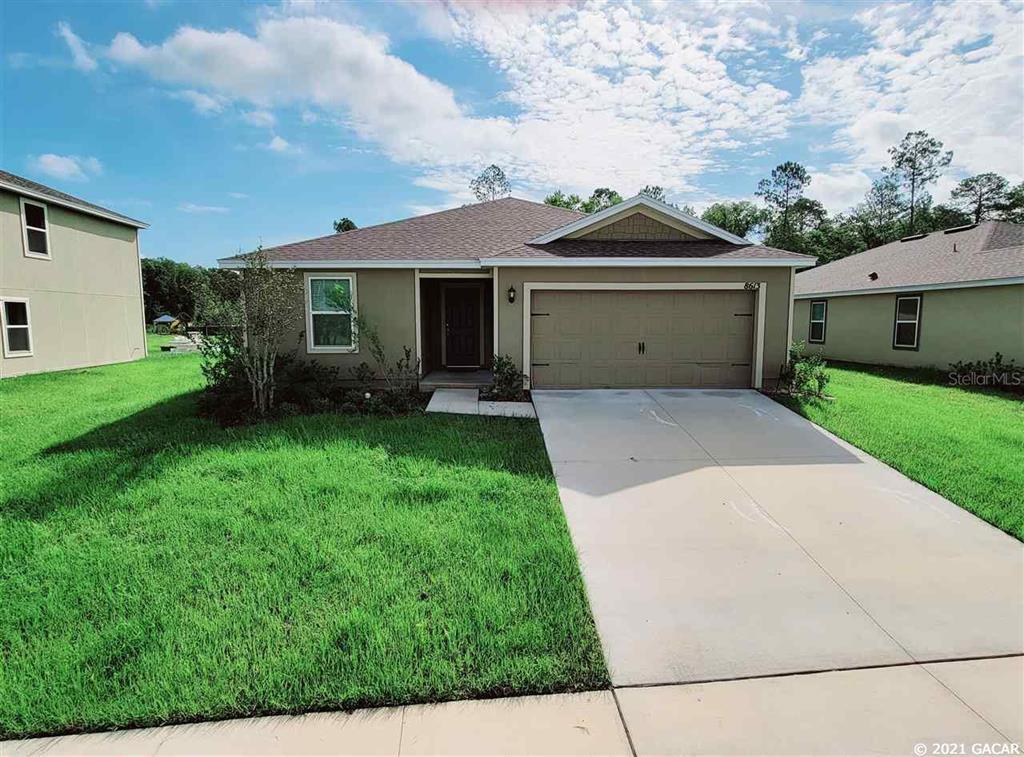 8613 Lake George Circle, Macclenny, FL 32063