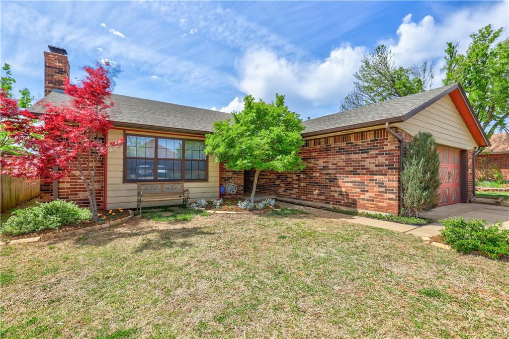 The location of this gem could not be better! Minutes from Kilpatrick turnpike, for quick time anywhere in the Oklahoma City Area. Minutes from fantastic shopping and food on Memorial Road. Tastefully updated throughout. Room adjacent to Living can be 4th bed or study. This one is truly move in ready.  Make your appointment to see it today!