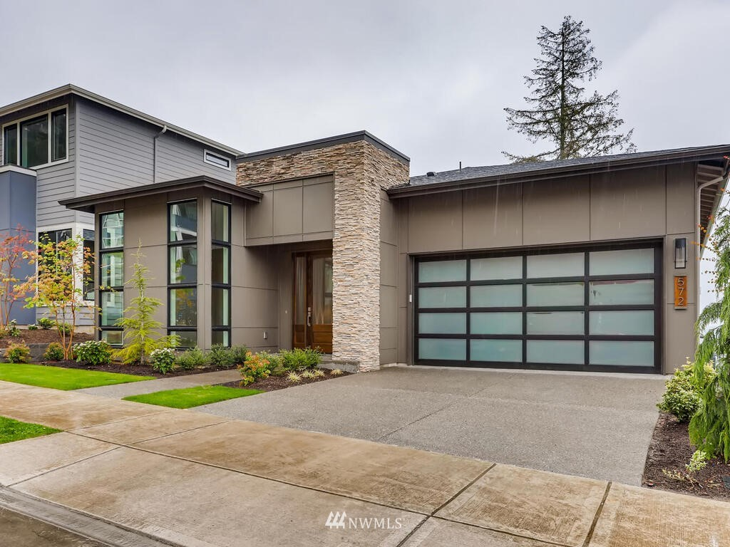 474 Foothills Drive NW, Issaquah, WA 98027