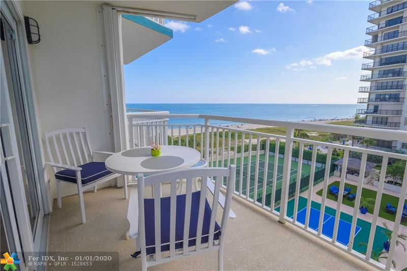 ENJOY THIS MAGNIFICENT OCEAN VIEW UNIT AT OCEAN FRONT BUILDING, hurricane impact windows and doors, large 1 BEDROOM, 1 1/2 BATHS UNIT, it have been update with the best quality products from Germany including a BOSCH Washer/Dryer in unit. update kitchen, white beautiful cabinets and corian counter tops, stainless steel appliances, plenty of closet space. Building have been throughout extensive renovations, assessment have been paid by owner. Secure building 24/7. Prime location  close to restaurants, shopping centers, a life style you  have been dreaming of.