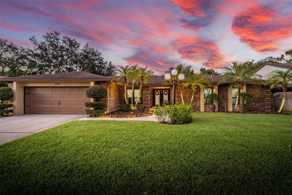 11706 Rolling Oaks Lane, Tampa, FL 33618