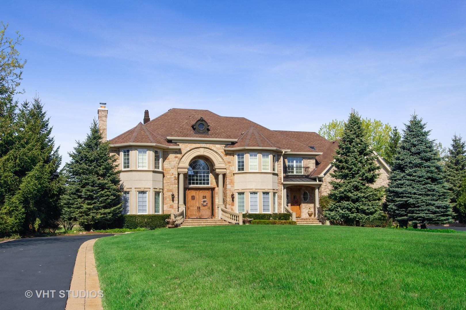 291 Joshua Drive, Hawthorn Woods, IL 60047