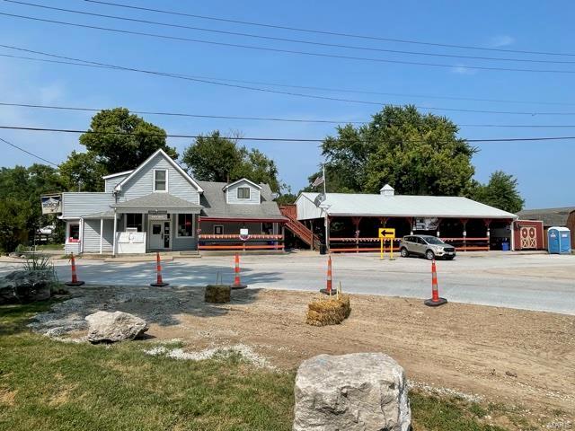 3006 S Highway 94, Defiance, MO 63341