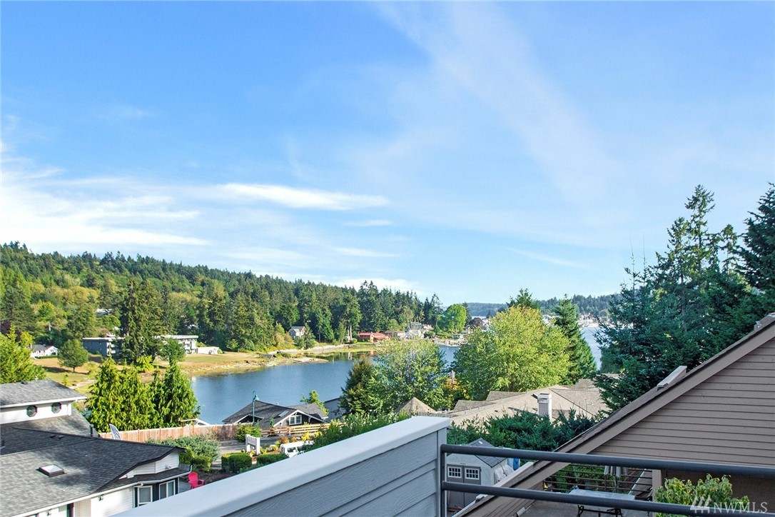 The pulse of Gig Harbor is yours to enjoy at this lovely view home perched proudly above N. Harborview Dr. 3 bdrms w/ office, 2.5 baths & 2404 sq ft of contemporary elegance make this home an easy choice. 3 view decks, an airy master w/ a dynamic ensuite, heated floors, custom finishes & a walk in closet w/ washer/dryer. Main floor shows off a stylish kitchen, chic living rm & a flex dining space great for entertaining. Award winning design has been featured in local Home & Garden Magazines
