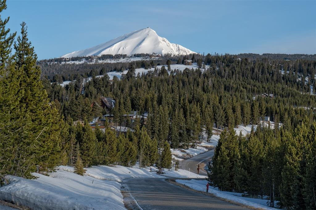 Spectacular Elkridge Ski-in/ski-out lot adjacent to open space and 1 mile to Spanish Peaks Mountain Clubhouse.  With panoramic views this is one of the best lots in Spanish Peaks combining ski access with views.  a Golf or Ski Social membership is available and membership is required with ownership with membership deposit due at closing (see associated docs).