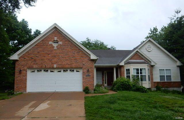 1 River Valley Drive, Chesterfield, MO 63017