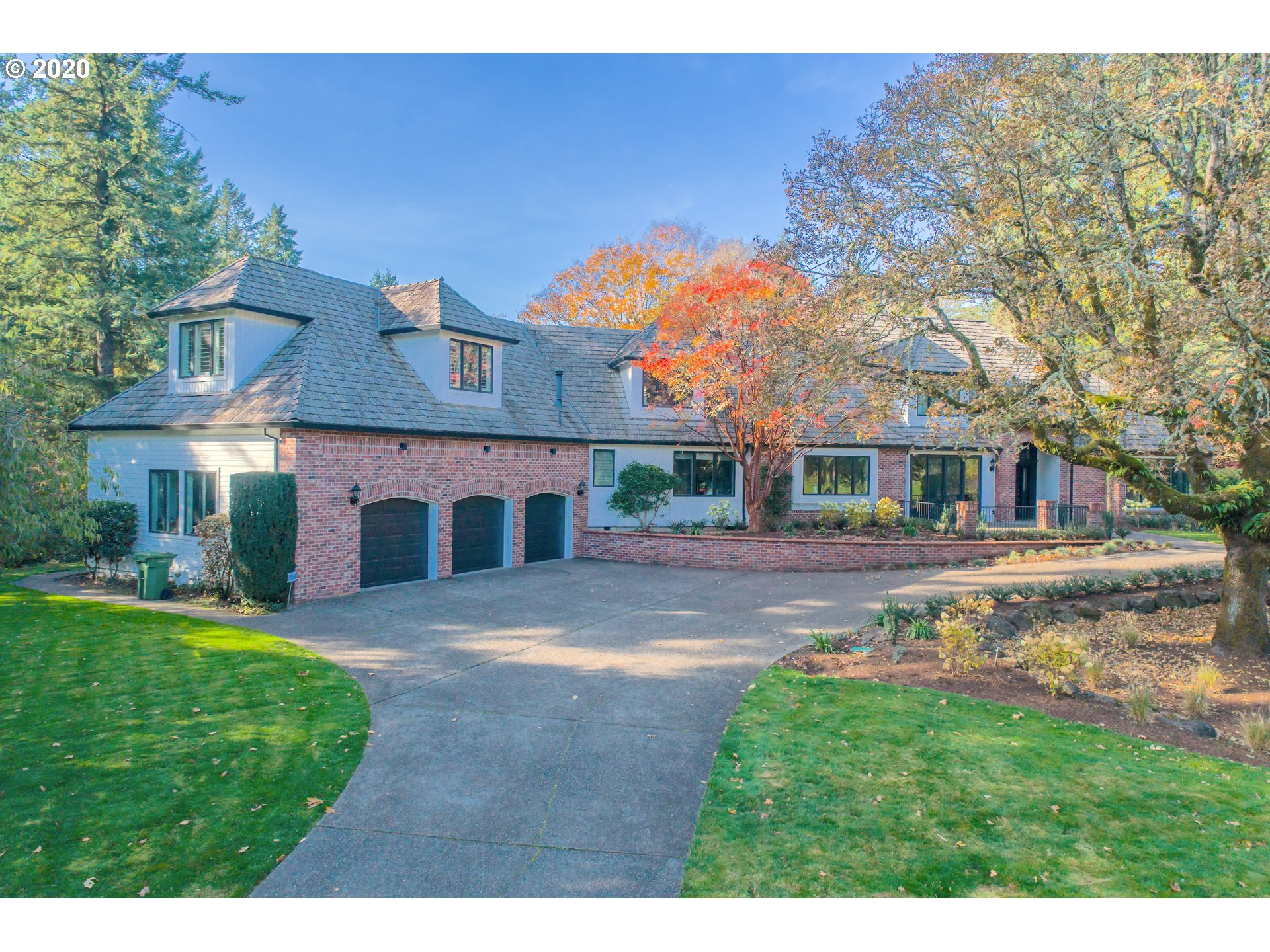 Beautiful custom-built estate home on 2.25 acre lot with expansive sweeping views of Oswego Lake Golf Course. This beautifully-maintained home is unmatched in its location, views, and privacy; in one of LO's most walkable areas. Large, light-filled rooms, and estate grounds are perfect for entertaining friends and family. Luxurious features & finishes thru-out including built-ins and hardwood floors. Steps from Oswego Lake Country Club and Forest Hills boat/swim easement!