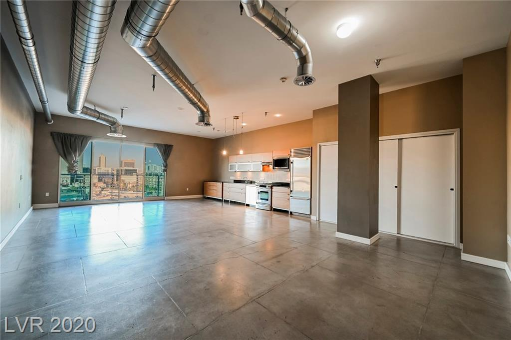 Stunning views from this incredible loft unit...located on the 8th floor and great floor plan...