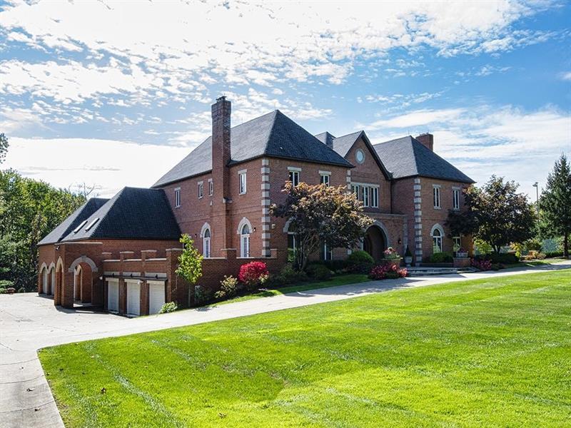 106 Stoney Camp Lane, Fox Chapel, PA 15238