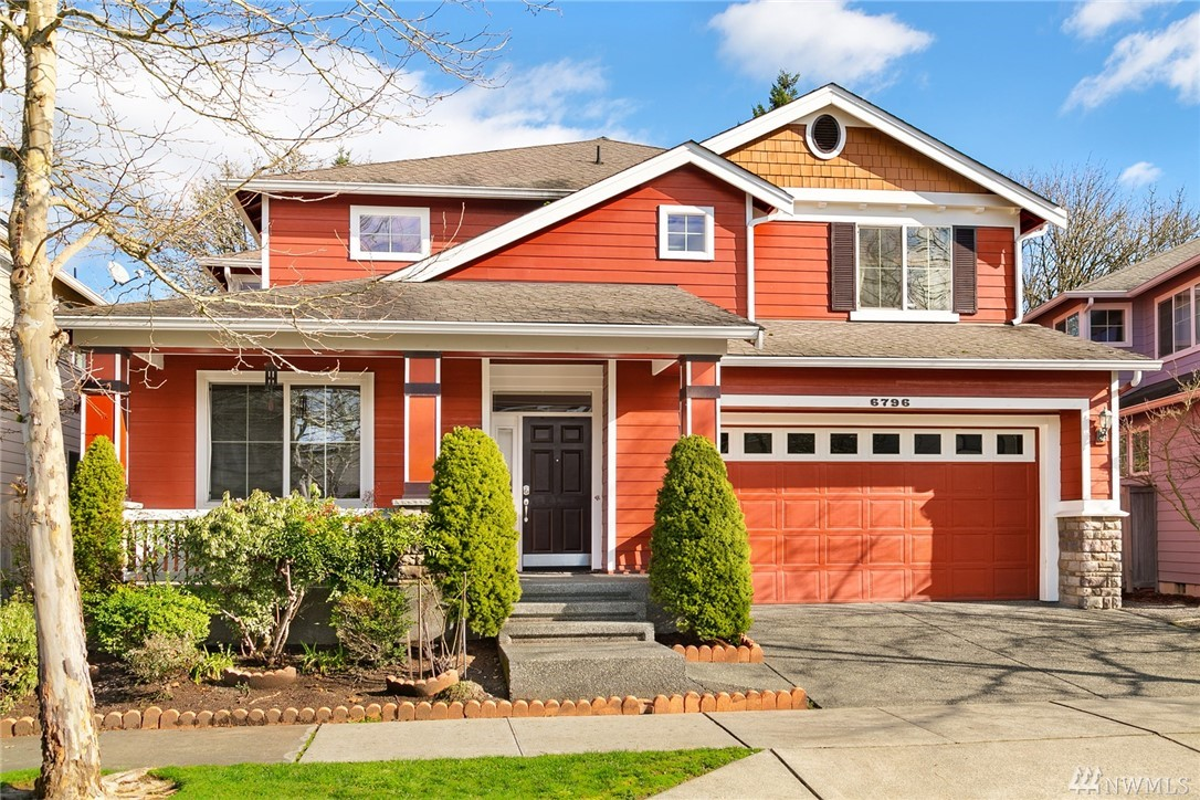 This CREST home in WOODBRIDGE is a rare find! Backs to open space. 4 BD, den & bonus + 2.75 bths. Refinished hardwood floors on main level plus hardwoods upstairs! Formal living & dining rms & lg family rm. Kitchen w/ granite counters, gas range, SS apps & a Costco-sized walk-in pantry. Palatial-sized master ste overlooks open space. Lg walk-in closet & spa-like bth w/tiled surfaces. Outside, the backyard has been upgraded w/stamped concrete patio system ... ideal summer BBQ & outside dining.