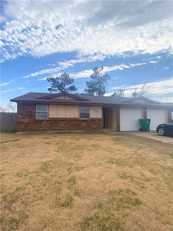 This 3 bed ,1.5 bath and a 2 car garage features fresh paint , new appliances, open floor plan, spacious bedroom and closets much more. Pets allowed restrictions apply. Deposit is equal to one month's rent.