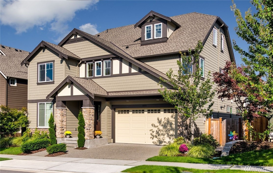 Enjoy an exceptional value & elegant lifestyle in this Murray Franklyn home w/ 57K+ upgrades. Enter on rich hardwood floors to formal living & dining room w/vaulted ceilings & floor to ceiling windows. Luxurious chef's kitchen w/oversized granite island. Professionally landscaped & maintained w/ covered patio in backyard, wired for your gas grill & heater &/or fan. Main floor mother in law suite w/ walk in closet. 2 closets master suite, junior master, & huge 3rd floor bonus/media room w/bath.