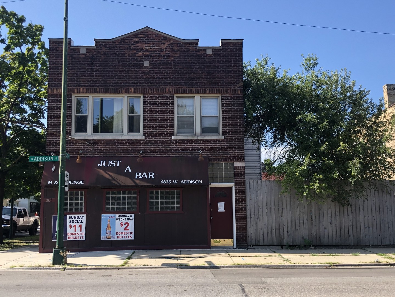 6835 W Addison Street, Chicago, IL 60634