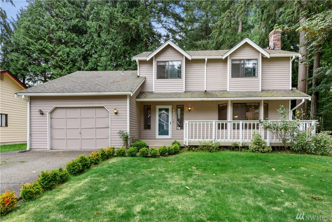 This lovely two story home is nestled adjacent tranquil Evan's Creek Pond in Sammamish. The property adjoins open space, and has a huge backyard ringed by mature trees -- the setting is quiet, private, and peaceful. The house includes many updates, such as hardwood flooring in the formal living room and dining room, slab granite countertops, newer carpet, and fresh interior paint in most rooms. Exceptional Lake Washington public schools. Five minutes from transit hubs and all amenities.