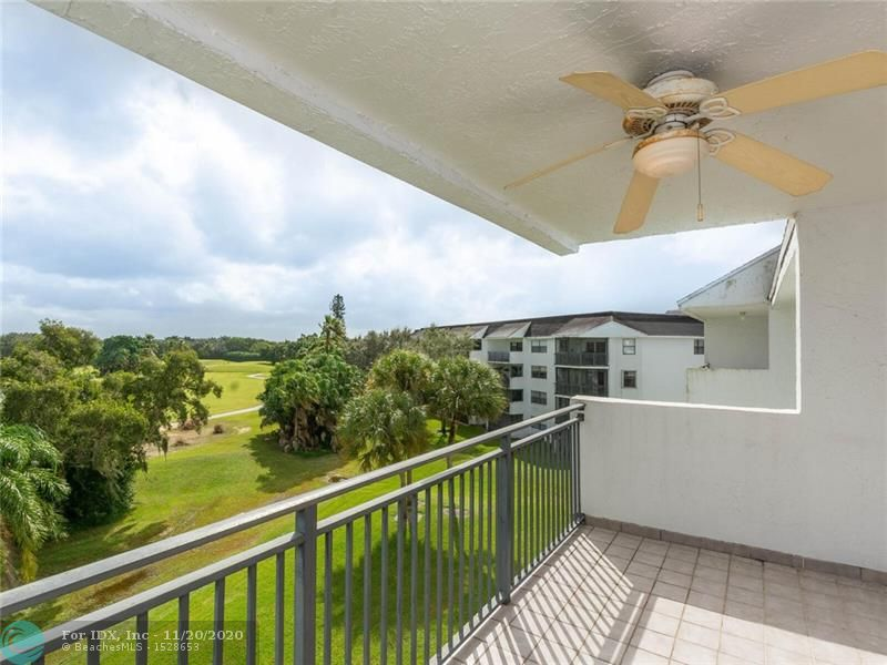 Price Reduction, seller motivated!  Beautiful Golf course view from this 4th floor large furnished condominium, eat-in kitchen, large living/dining area, split bedrooms, master is large with walk-in closet, full size washer and dryer, open balcony with great views of the  Bonaventure golf course, 1 assigned parking spot, lots of guest parking, complex has tennis courts, 2 pools, community room, no leases the first year, recreational facilities at Bonaventure town Center including gym, sauna, bowling alley and much more for only $285/year.