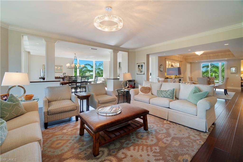 7575 Pelican Bay BLVD 308, NAPLES, FL 34108