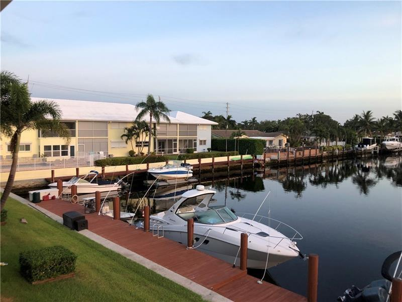 2 Bedroom Waterfront condo in Lighthouse Point, furniture is negotiable.