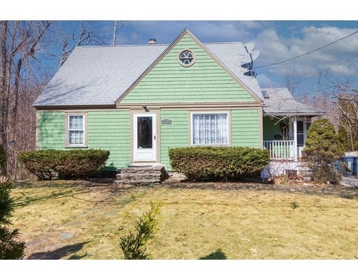 Here is your opportunity to add your personal touch and renovate this charming cape style home.  Four generously sized bedrooms, an open style kitchen that leads into a sunny dining area with a cathedral ceiling. Kitchen and dining both overlook a large private back yard .  A partially finished basement could be used as office space or extra storage.  Minutes away from downtown Worcester's restaurant scene, public transport, Moore State Park and Thompson Pond. Bring your ideas and make this your new home!