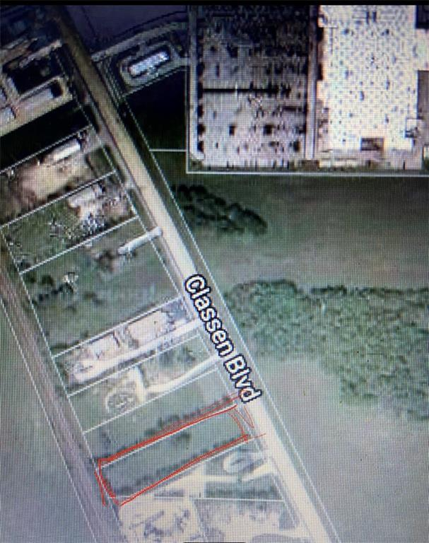 THIS COMMERCIAL LAND IS ZONED C-2 AND IS 2 ACRES IN A PRIME COMMERCIAL LOCATION.  THE NEW SUPER CENTER WAL-MART IS RIGHT DOWN THE STREET. WHAT AN EXCELLENT OPPORTUNITY FOR YOUR BUSINESS ON THIS HEAVILY TRAVELED ROAD. THERE ARE LOTS OF HOMES & APARTMENTS WITHIN A MILE RADIUS.