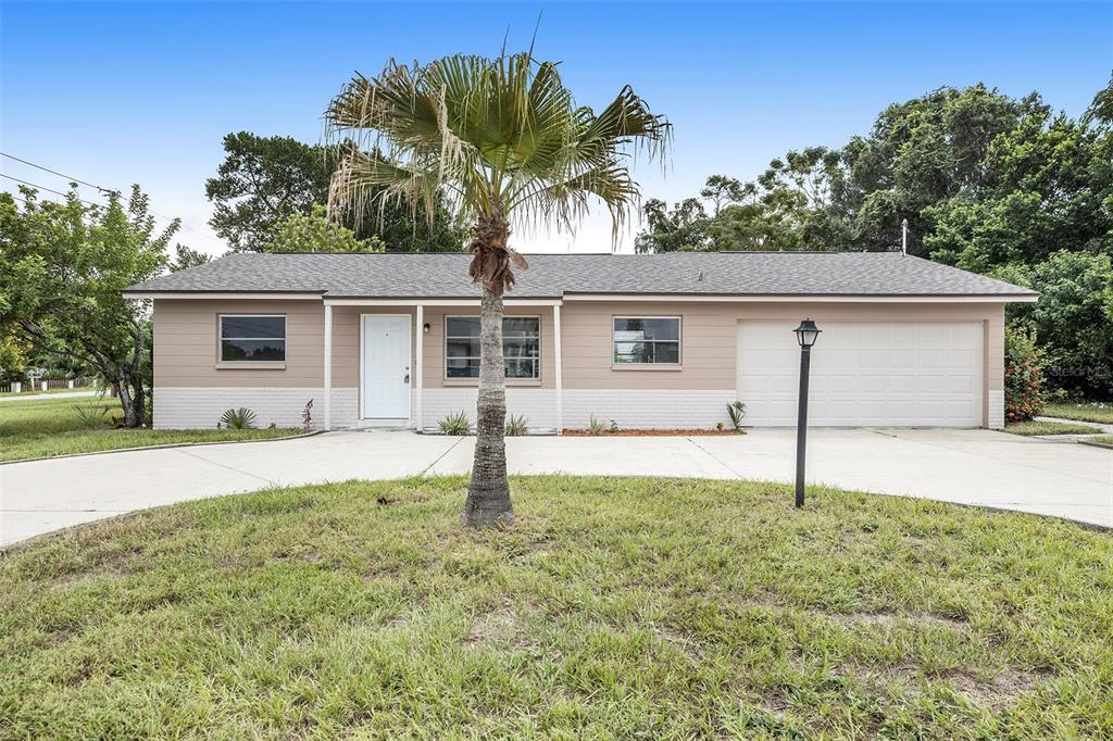New Listing! 2 bed 2 bath house with 1,050 sqft in St Pete, close to the beach! Corner lot. Large yard. 2 Car garage! Updated kitchen with granite countertops. New floors in house. Has a nice screened in back porch. Lots of natural light. Circular driveway. Very convenient location.